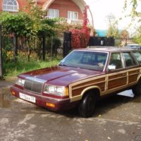 Продам Chrysler Le Baron Town & Country. 1987