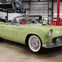 1956Ford Thunderbird
